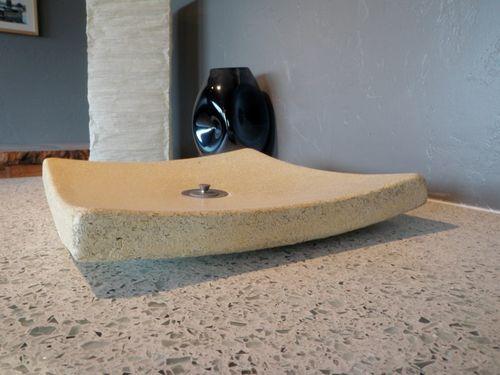 Pias para Cozinha são produzidas com Vidro Reciclado e Concreto